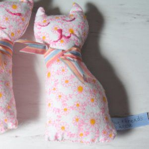 Only 1 Left!! No-Worry Kitty made by Space Threads